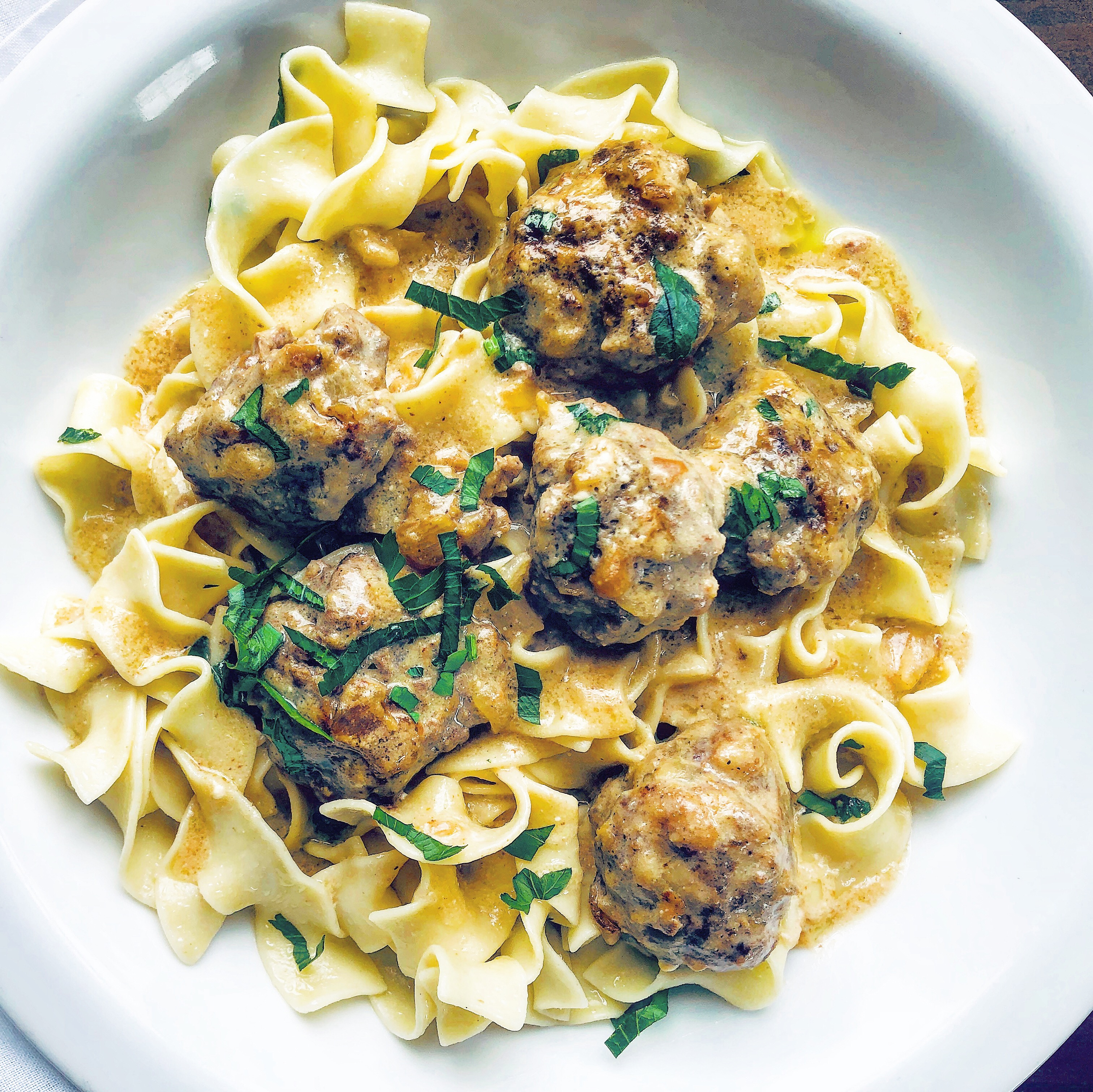 Lovely Swedish Meatballs In Brown Gravy The 2 Spoons